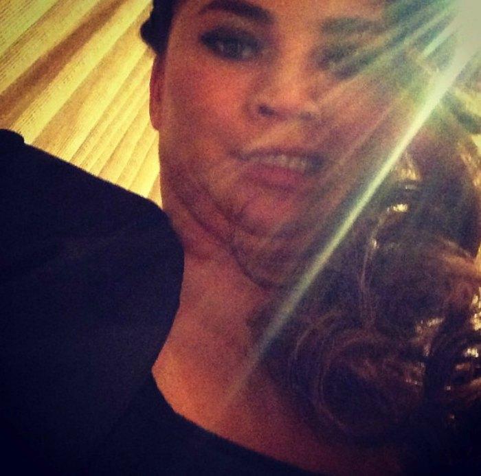 Chrissy-Teigan-woman-crush-wednesay-unflattering-selfie-breakfast-with-audrey